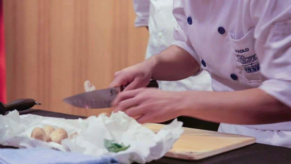 Knife School