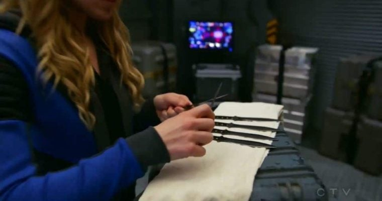 Black Tusk Tools Throwing Knives Co-Star in DC's Legends of Tomorrow